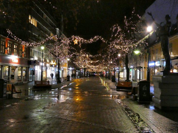 Strada nel centro di Trondheim